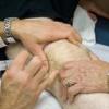 Що таке блокада колінного суглоба