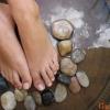 Як боротися з пітливістю ніг