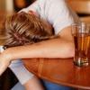 Як вилікувати пивний алкоголізм?