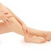 Червоні плями на ногах: що це і чим лікувати
