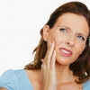 Лікуємо зубний біль народними засобами