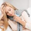 Молоко з медом від болю в горлі