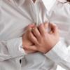 Забій грудної клітки: небезпечні симптоми і перша допомога